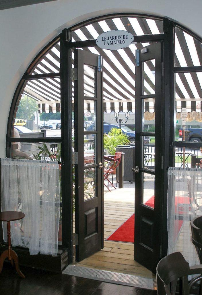L360 - Cafe de Paris